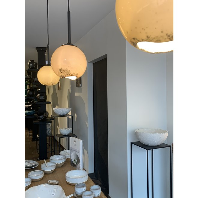 The Bonny lamp is truly a luminous gem in your interior.