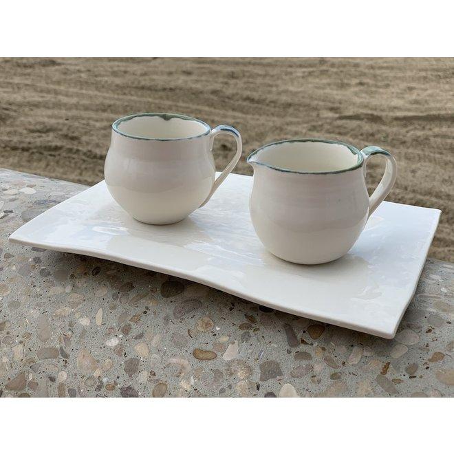 Pot à lait en porcelaine fait à la main avec bord vert et bleu