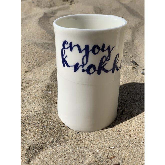 De perfecte theetas voor je geliefde, vrienden of familie handgemaakt in porselein.