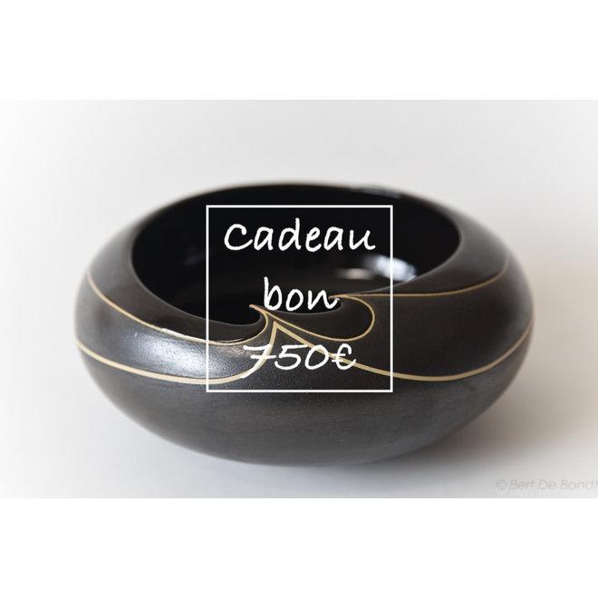 Een cadeaubon voor handgemaakte keramiek 750€ is met veel passie en liefde gemaakt en gegeven.