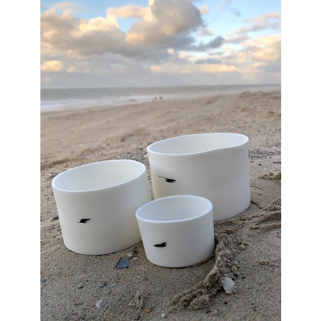 Lanterns in porcelain Clyde that are also used as bowls or jars for tapas, nuts, chips, snacks