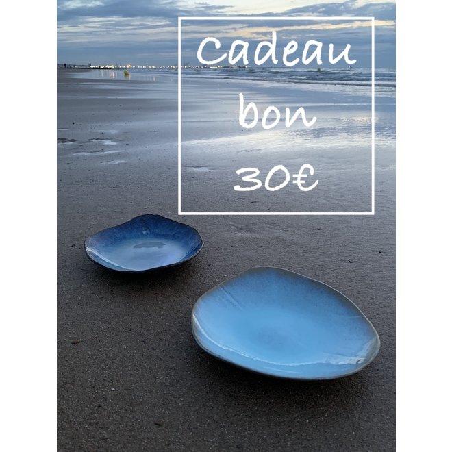Un bon cadeau pour des céramiques artisanales de 30€ est fabriqué et offert avec beaucoup de passion et d'amour.