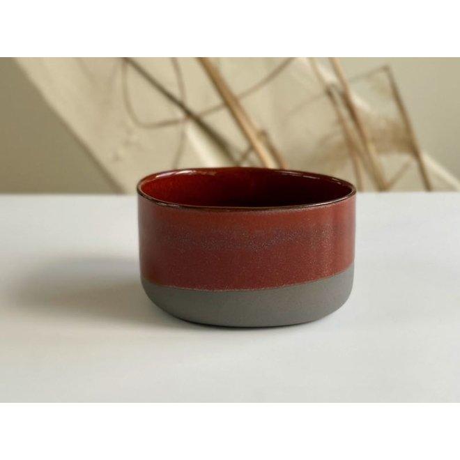 Handmade Ceramic IND!A bol en argile grise avec une glaçure très raffinée