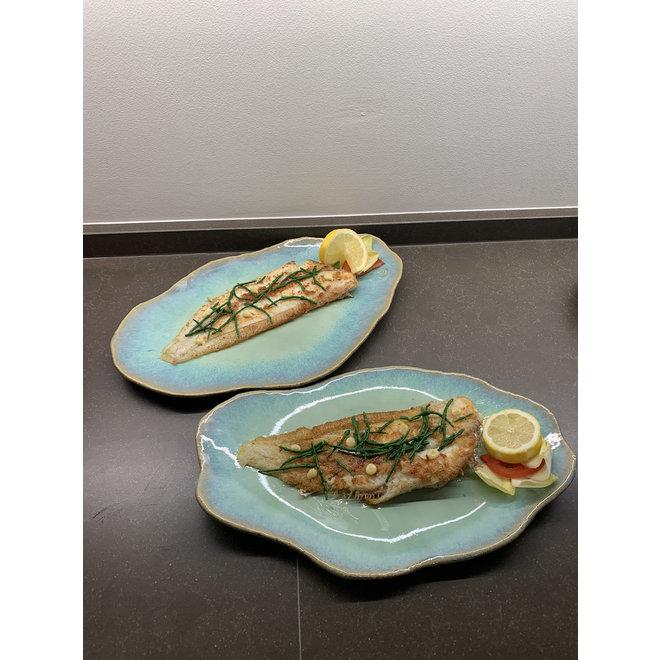 Assiette en céramique faite main Couteau Lagune idéale comme assiette à poisson ou présentation pour un usage quotidien ainsi que pour des restaurants