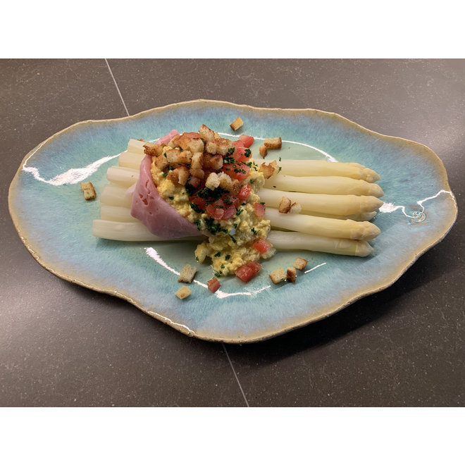 Handmade ceramic plate Couteau Lagune ideal as a fish plate or presentation for everyday use as well as for catering