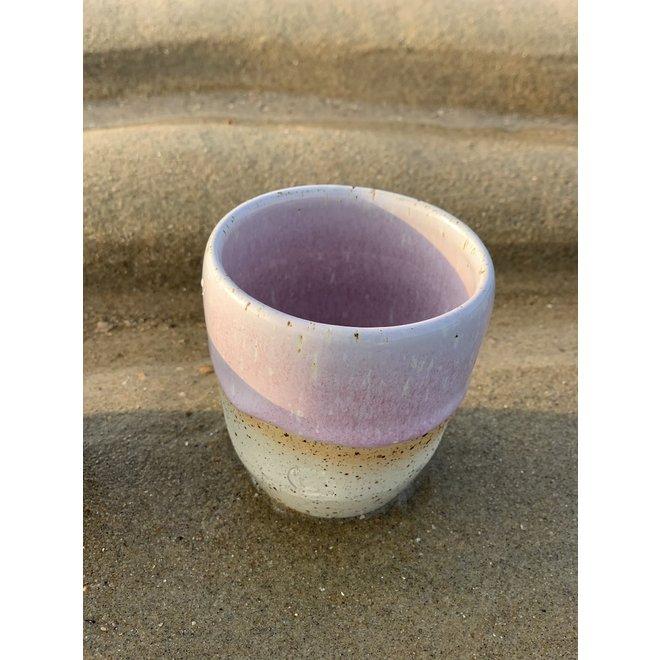 """Hedendaagse, handgemaakte keramische tas van het servies en de collectie """"Roos"""""""