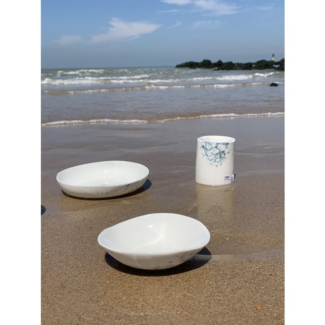 Porcelain contemporary handmade scale 'Bulles'