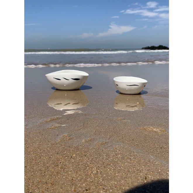 Porcelain contemporary handmade bowl 'Vagues'