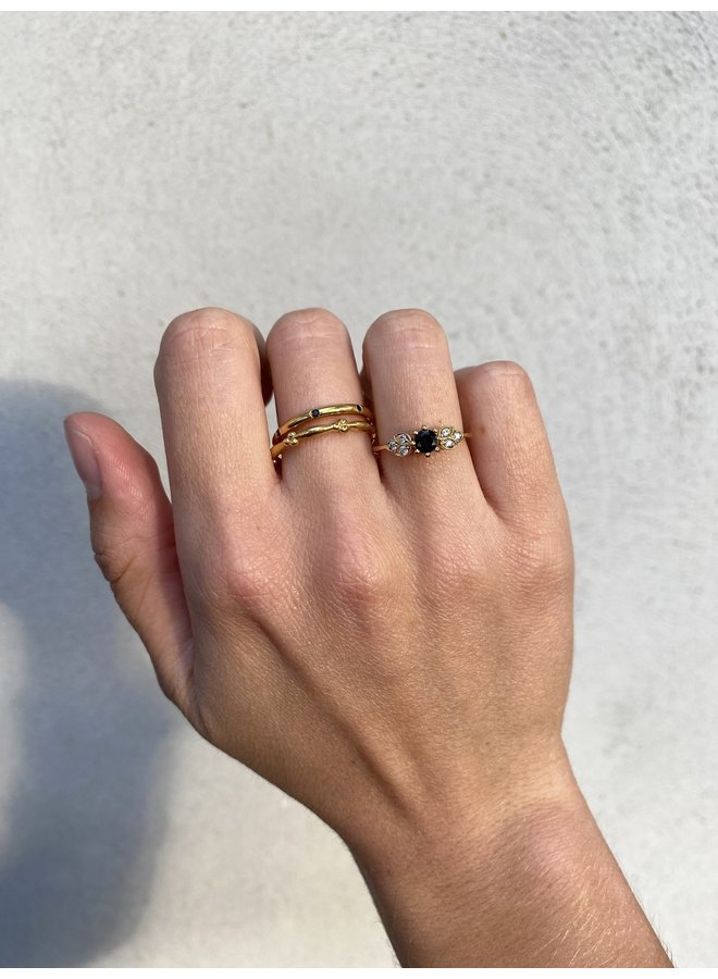 Vintage Black Onyx ring gold
