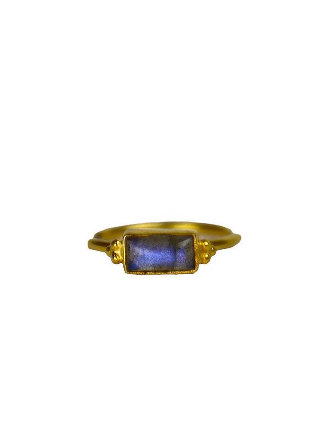 Labradorite Lany ring gold