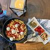 Pasta pomodori ciliegini con mozzarelle