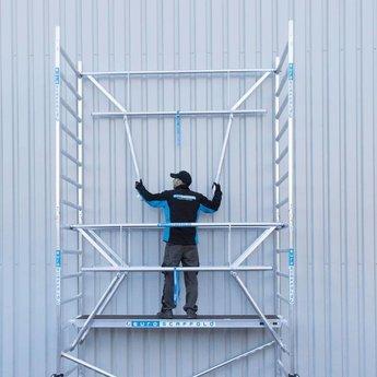 Euroscaffold Rolsteiger met enkele voorloopleuning 135 x 305 x 12,2 meter werkhoogte met lichtgewicht platform