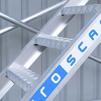 Euroscaffold Rolsteiger Trappentoren 135 x 250  x 12,2 meter