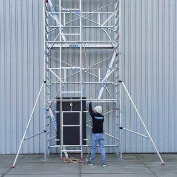 Touw en katrol voor zonnepanelen lift