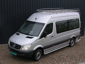 Sidebars RVS Mercedes Sprinter Taxi L3 enL4 vanaf 2006 met verlaagde instap zonder schuifdeur Hoogglans
