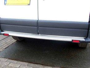 Bumperpaneel aluminium Opel Movano vanaf 2010 met achterwielaandrijving  en originele opstap