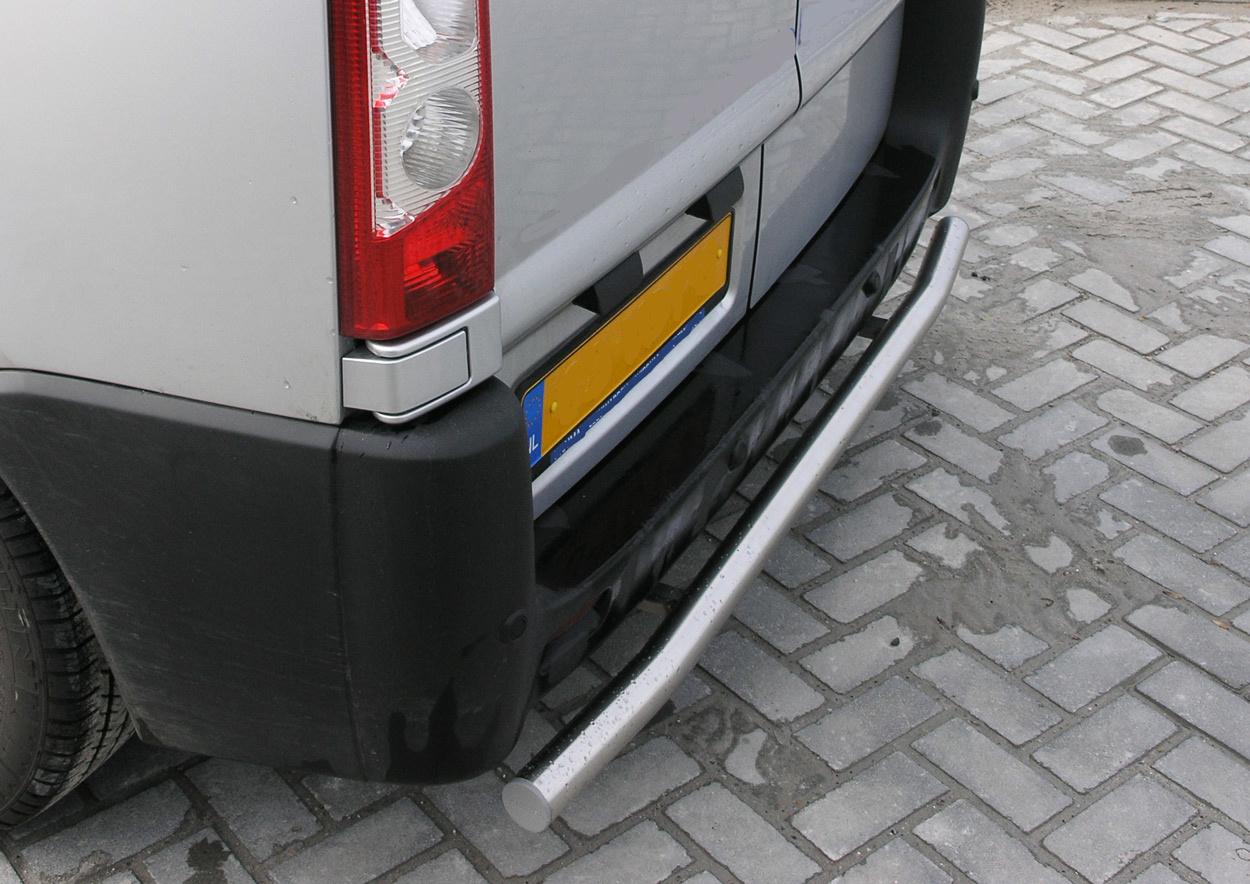 Rearbar RVS geborsteld Opel Movano vanaf 2010 uitvoering zonder trekhaak
