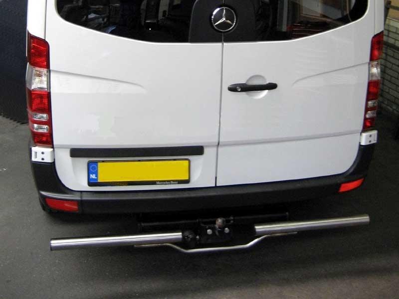 Rearbar RVS gepolijst Volkswagen Crafter vanaf 2006 uitvoering met trekhaak