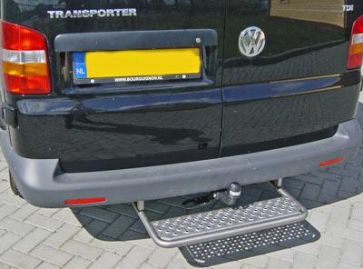 Opstaptrede Volkswagen T6 met trekhaak - geborsteld