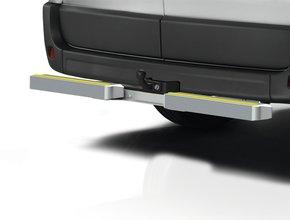 Opstap en aanrijdbeveiliging Volkswagen T5 met trekhaak TUV