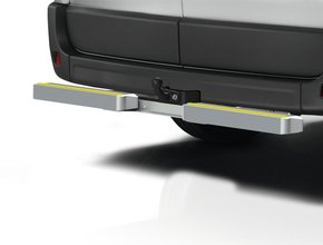 Volkswagen Opstap en aanrijdbeveiliging Volkswagen T5 met trekhaak TUV