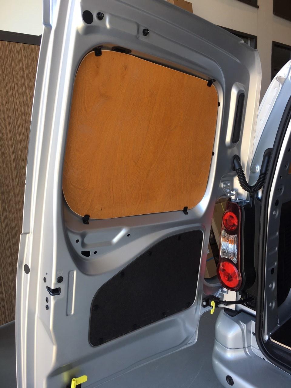 Betimmering Opel Combo vanaf 2019 L1 uitvoering met enkele schuifdeur