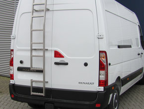 RVS ladder 180 graden montage op deur Fiat Ducato vanaf 2006 H1 Linkerzijde