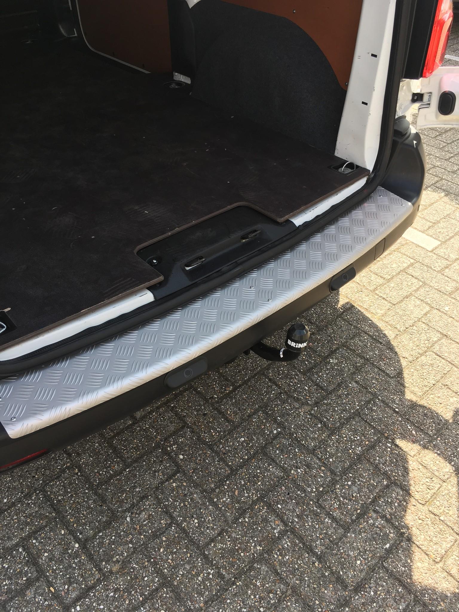 Bumperpaneel aluminium Citroen Jumpy vanaf 2016