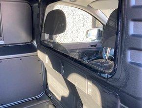 Ruit voor originele tussenwand Volkswagen Caddy Cargo vanaf 2021