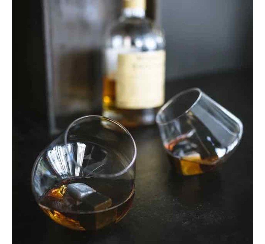 Set van 2 wiebelende whiskyglazen