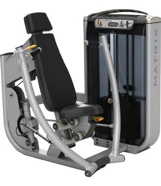 Matrix Ultra series G7 converging chest press