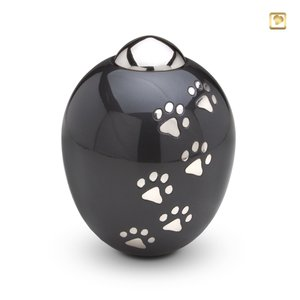 AD 101 M Brass pet urn medium Adore