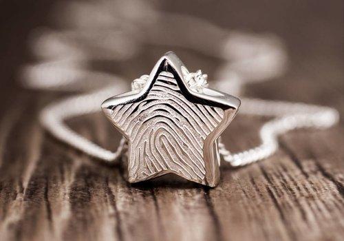 Fingerprint jewellery for ashes