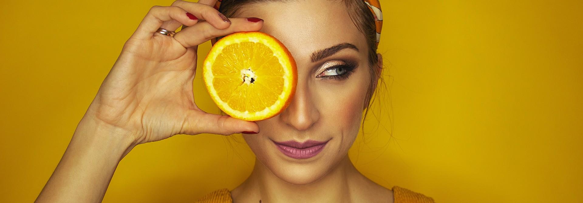 De juiste vitamine C - versterk het immuunsysteem, verjong de huid en leef gezonder