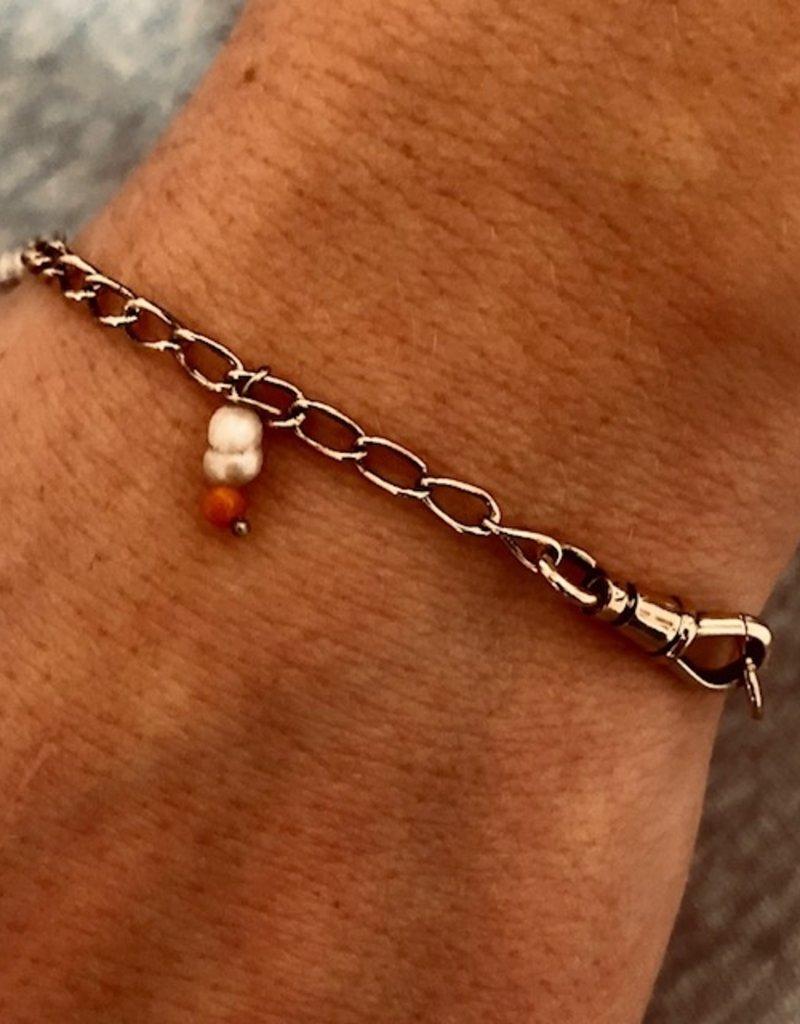 Coral pearl bracelet