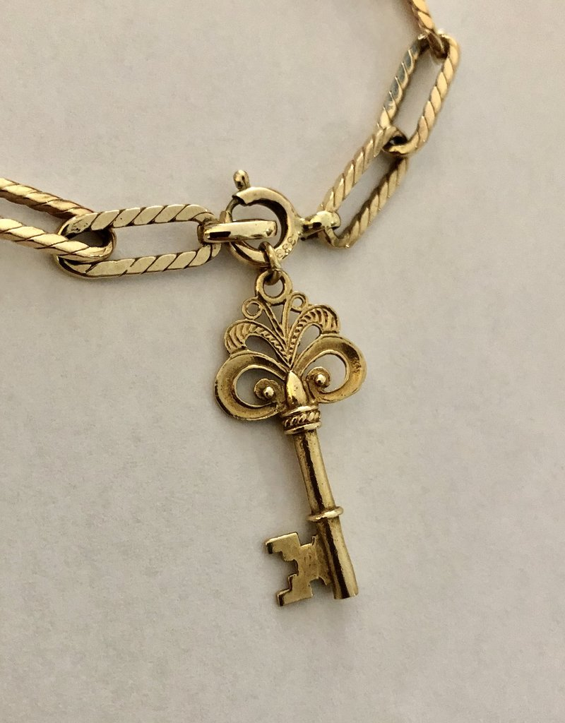 Key to my heart armband