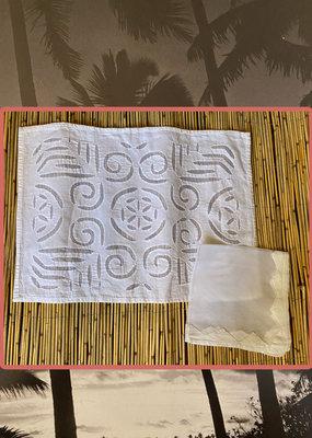 White cotton placemat set with napkins