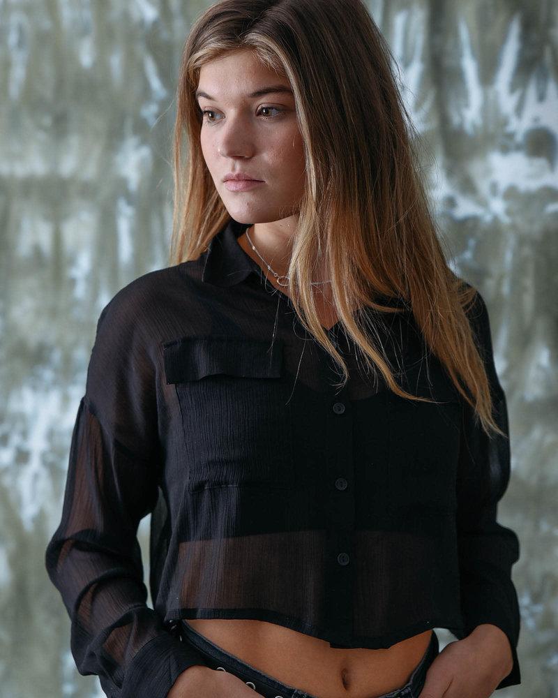Semi Cropped Shirt black