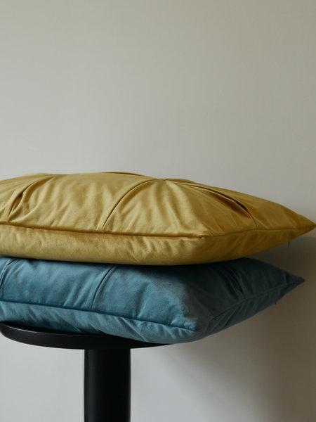 F&H Cushion Jewel Golden