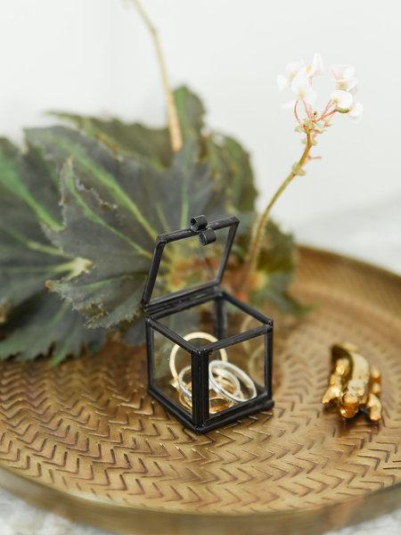 Madam Stoltz Quadratic Glass Box Black