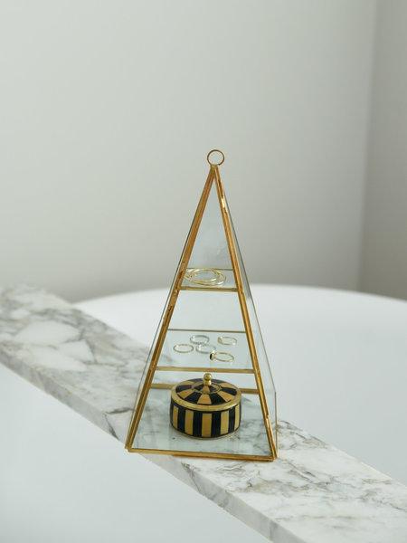 Pyramide Glass Box