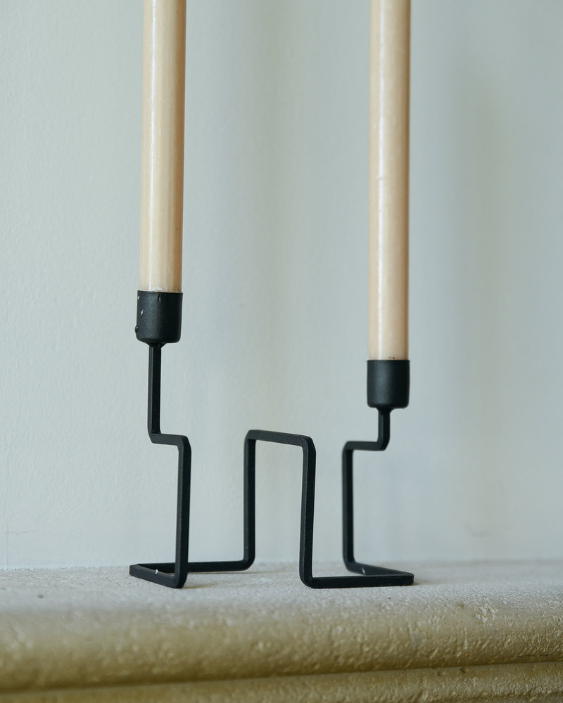 Black Candle Holder Tangle