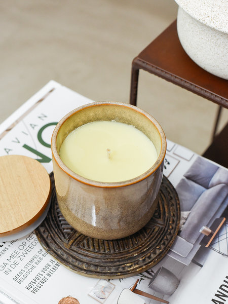 F&H Fragrance Candle With Lid Sand Linen Cotton