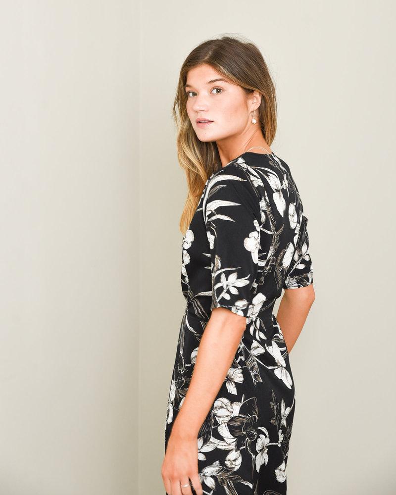 TILTIL Feline Flower Dress Black