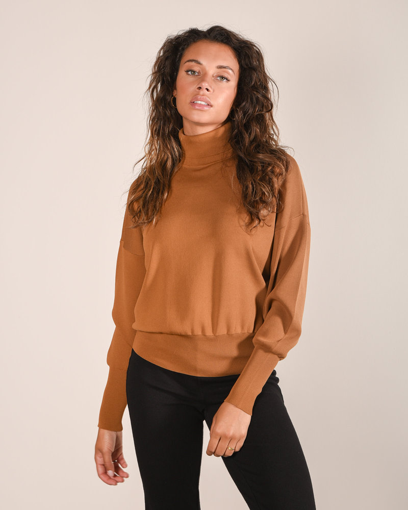 Cozy Knit Pullover Rubber