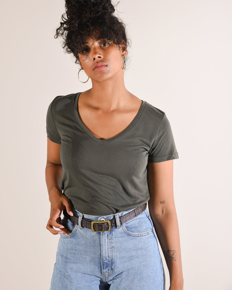 Daph Soft V-Neck Tee Green