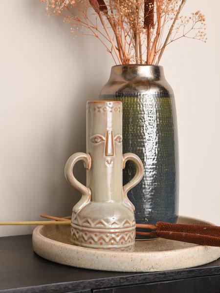 Vase Face Sand