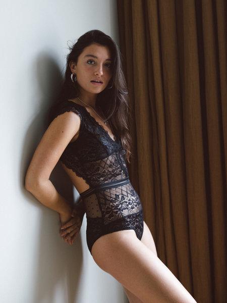 Danity Lace Open Back Body Black