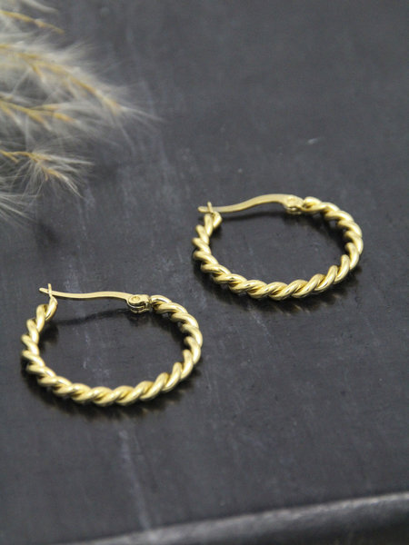 Twisty Hoop 20MM Gold