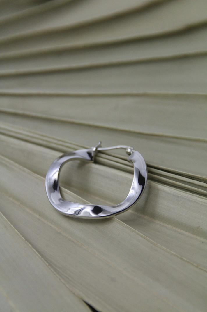 Swirl Silver Hoop